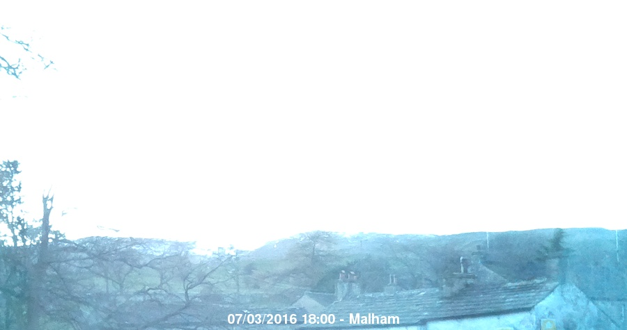 Malham Webcam Archive - 07/03/2016